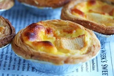 蛋挞的做法,学会蛋挞液的制作才可以制作出外酥里软的蛋挞