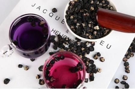 野生黑枸杞的六个功效与作用,女人喝枸杞泡水美容养颜