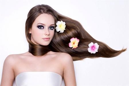 女性头皮屑多的六个原因,教你最快去除头皮屑偏方