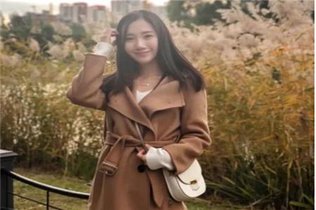 女性秋冬穿衣搭配想要保暖又漂亮 毛呢外套穿搭技巧大盘点