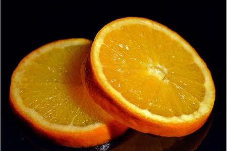 橙子的五大功效与作用,每天吃一个橙子维生素C美白肌肤