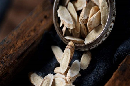 黄芪的功效与作用 为女性打造的五大黄芪滋补汤快来安排上