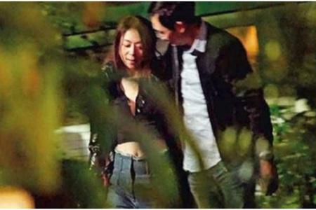 陈绮贞与男子深夜街头热吻恋情曝光 结束17年恋爱长跑