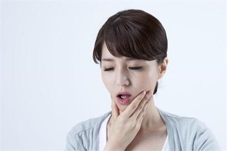 牙疼快速止疼偏方 三个小妙招教你立刻止疼告别疼痛