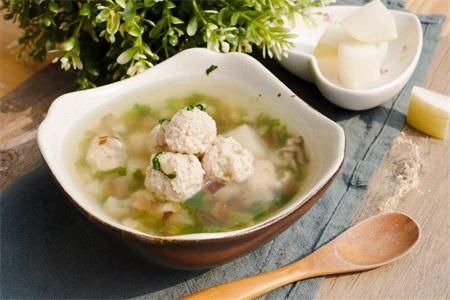 这一道香菇的家常做法营养方便,宝宝百吃不厌还好消化