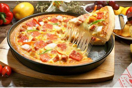 酥软披萨的简单家庭做法,烤箱做出奶香十足的芝士拉丝