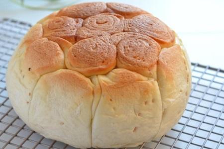 别以为电饭煲只能用来煮饭,做面包做法简单口感更柔软