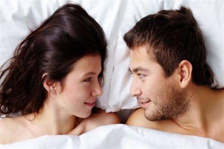 做爱姿势用哪种比较好?第一次性生活需要知道的事情
