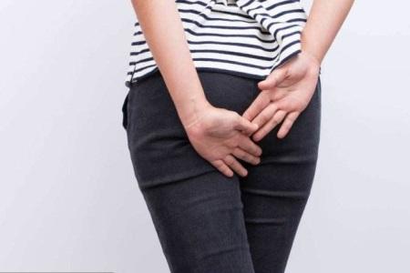 肛门瘙痒是怎么回事?女性要关注可能是霉菌性阴道炎的表现