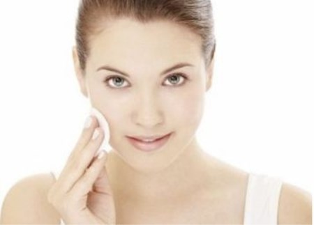 不少女性都说常化妆皮肤变差了?不是化妆品的错而是你的这些习惯