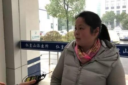 2她卖一碗天价馄饨,没有人去告她,反而还称赞.JPG