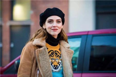 贝雷帽修饰脸型,怎么选择款式才够精致 款式 脸型 贝雷帽 服饰搭配  第2张