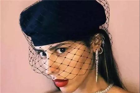贝雷帽修饰脸型,怎么选择款式才够精致 款式 脸型 贝雷帽 服饰搭配  第4张