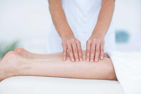 这八个错误习惯导致你的粗腿,教你女生瘦腿的好方法