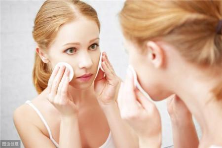 错误三:卸妆时过度洁面