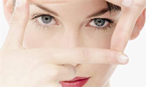 女人要如何预防黄褐斑