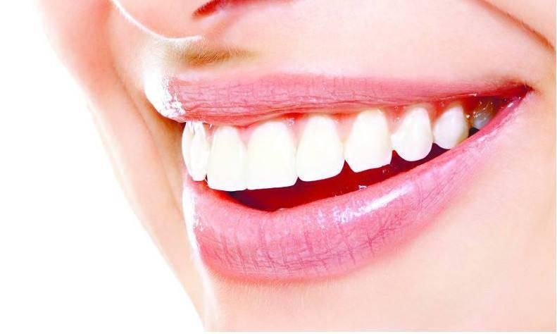 推荐一些美白牙齿的小方法