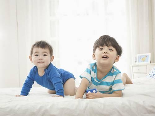 二胎备孕指南!孩子相差几岁最合适
