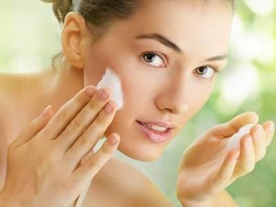面对油性肌肤的时候 你知道要如何补水吗?
