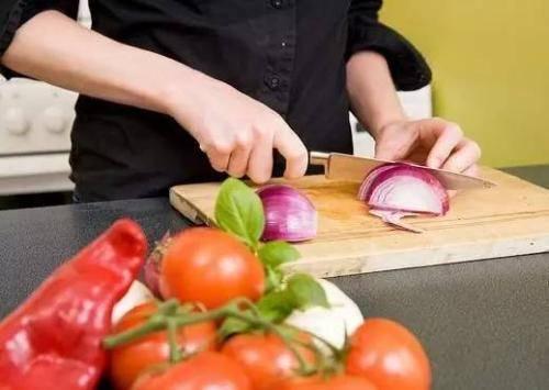 易致癌的几种做菜习惯 你中招了吗