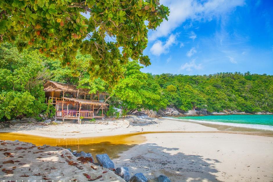 春节泰国游的伙伴注意了!在泰国沙滩不可吸烟,违规将被罚款或入狱