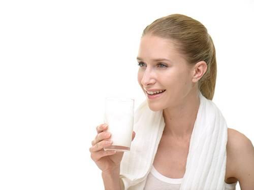 产后减肥喝豆奶有效吗 产后减肥有什么好方法