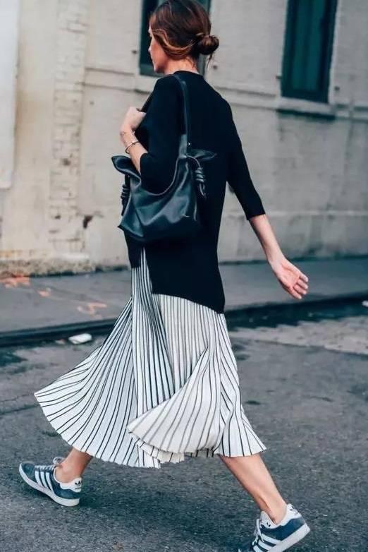 任凭潮流更替,黑白永远时尚