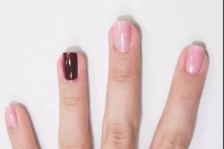 镶钻红粉美甲气质优雅,女生美丽约会小心机