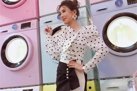 贾静雯幸福婚礼穿白纱,身材窈窕演绎时装气质十足