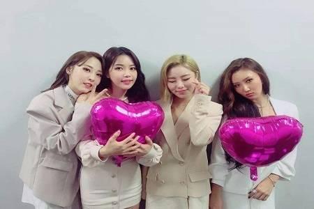 """韩女团成员被批,表演服装""""有伤风化"""",不得体"""