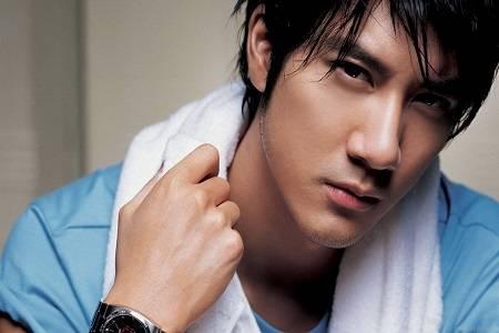 王力宏回应妻子隔空索吻,你是要我做杜明翰吗