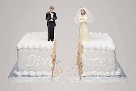 低自尊的女性在婚姻中永远无法获得安全感