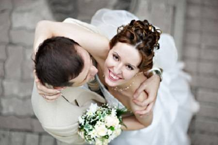 在他结婚当晚,我灌醉新娘和他上床