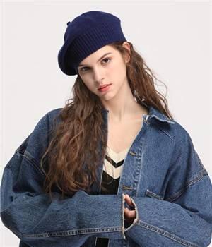 贝雷帽搭配三种发型才好看,鞠婧祎秋冬贝雷帽的穿搭图片