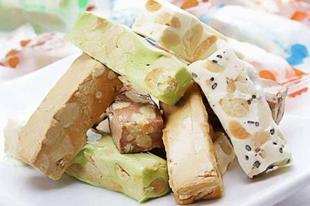 甜蜜牛轧糖的最佳配方和家庭做法,教你做出奶香十足糖果