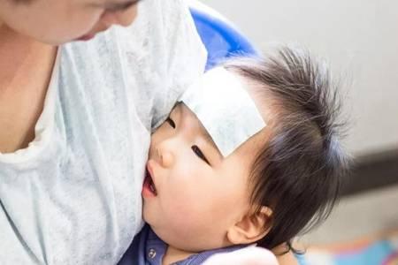 小孩发烧怎么退烧最快?孩子发烧这三种物理降温最有效