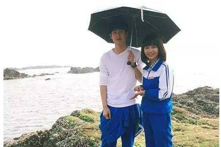 谭松韵已故母亲受辱骂发声明,竟是因为四年前合作刘昊然