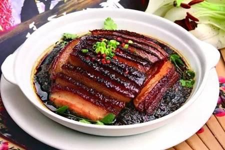 梅菜扣肉的正宗做法,详细步骤教你在家做出美味佳肴