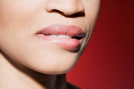 女性嘴唇发紫的原因, 日常调理唇色的方法