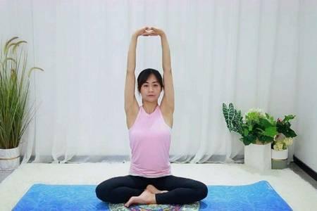 瑜伽初入门教学步骤,不用视频也能轻松学会