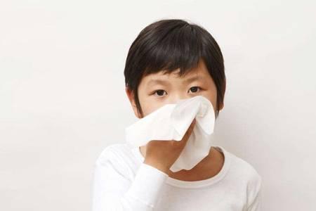 支气管炎的症状有什么?宝宝出现咳嗽别以为是感冒那么简单