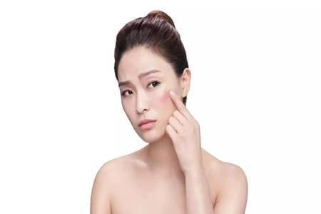 化妆后戴口罩对皮肤有伤害吗