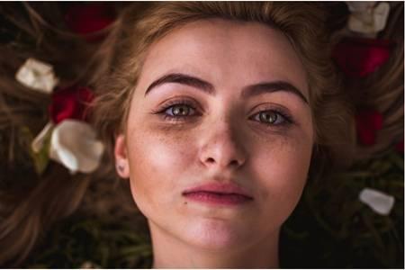 光子嫩肤的危害缺陷,女性做医美光子嫩肤停了会怎样