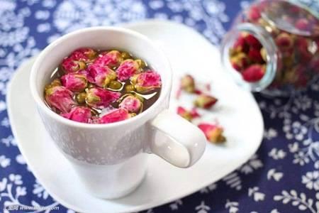 玫瑰花茶的六大功效与作用,美白淡斑女性养颜最需要