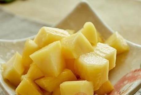 芒果的功效有哪些 芒果吃多了会造成四个严重后果