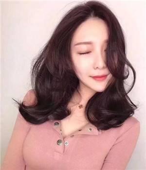 女性掉头发是什么原因造成的,吃三种食物防止脱发