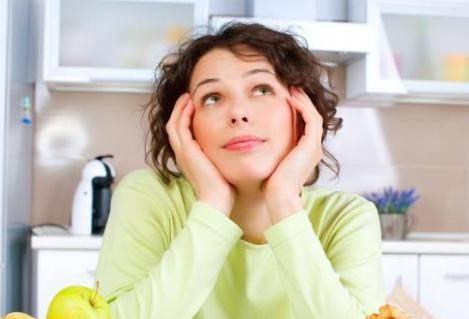 女性忧心怎么瘦脸?四个简单有效的瘦脸方法