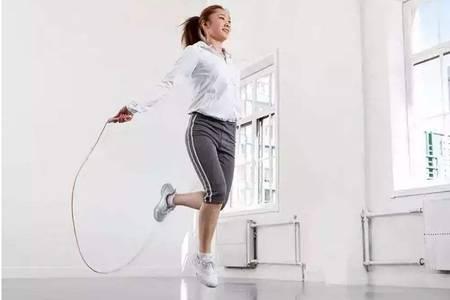 减肥跳绳的好处及最佳时间,每天坚持20分钟瘦身效果惊人