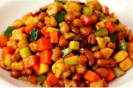 宫保鸡丁的做法家常菜,香辣鸡胸肉一碗吃上瘾