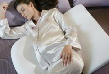怀孕初期症状出现怕热 如何缓解孕妇怕热现象